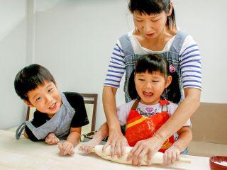 【じゃらん冬セール/地域共通クーポン対象】 大阪市内のうどん作り体験教室 ファミリーにもカップルにも、もちろん友達同士でもおすすめ!五感で楽しめる体験の後はみんなで食べよう!