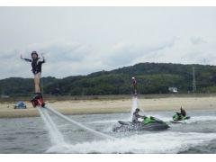 お手軽フライボード体験海でやるからマリンスポーツ!!(リミット)