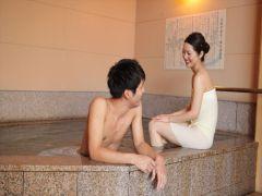 併設の御影石風呂で、ゆったり二人の時間をお過ごしください。