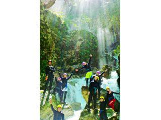 【次々に現れる滝を登ろう!小5から!】日本の滝100選!八淵の滝コース