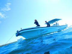 ★自社専用ボートで快適・ラクラクに青の洞窟へ♪