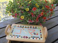 わんちゃんのテーブルも作れます。工房はわんちゃんと一緒に入れますので、ご旅行の際に思い出に残る作品を♪