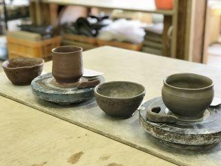 初めての方でも気軽に陶芸体験できます!外国人も対応致します。お好きな形が作れます!