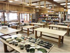 広々とした陶芸教室。団体様60名様までOKです!