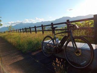 YAHAMA製YPJ-EC クロスバイク 最大200㎞走行可能な最新の高性能電動アシスト自転車です!