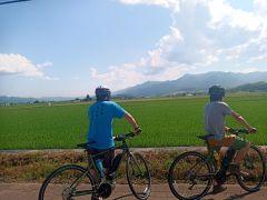 富良野の田園風景、車では一瞬ですぎさってしまう景色も自転車ならじっくり堪能できます!