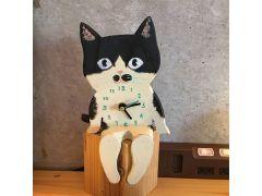 座るタイプの猫時計も作れます♪