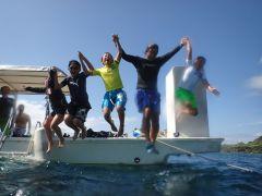 ダイビングはもちろん、船から海へジャーンプなんて、とっても楽しいですよ~♪