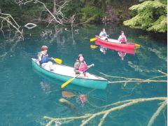 イトムカの入り江に入る前に広い場所で練習します。初めての方でも大丈夫!
