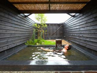 天然温泉を思いっきり楽しみましょう