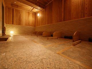 2017年にオープンした北投石使用の岩盤浴。北投石は、放射性ラドンガスなどを発生し、細胞の活性化等が期待できるとして「万病に効く薬石」とも言われる天然記念物です