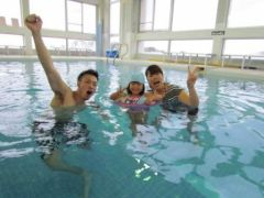 温水プールで遊ぼう!!