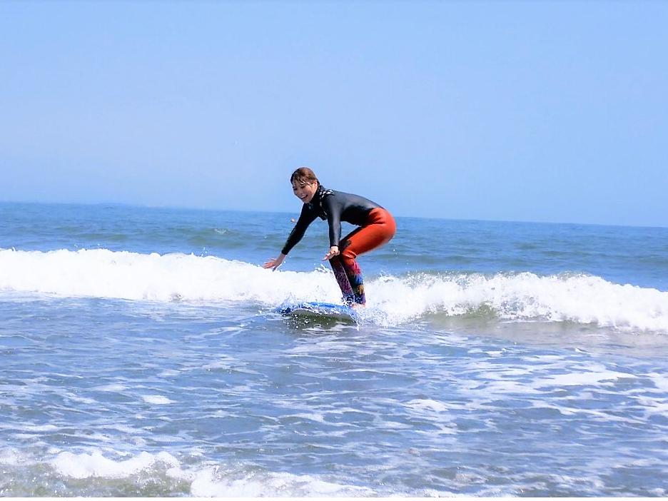 【初心者大歓迎!】手ぶらでサーフィン♪宮崎の海で安心安全に波乗り体験&スクール!...