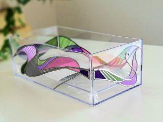 ティッシュケース デザインは各種ご用意、フィルムの色もたくさんの中から自由に選択できます。