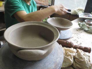 【手びねり陶芸体験】★作った作品は全部焼いてお送りします 粘土は増量中の1.3kg!★初心者でも思いのままの器が3,4個作れます♪手ぶらでOK!【じゃらん限定プラン】
