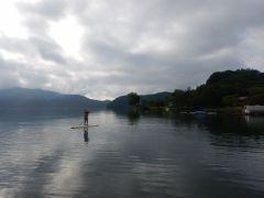 野尻湖はまだひっそりとした時間です。自分達だけの時間をお楽しみいただけます。