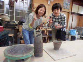 みんなで楽しく陶芸体験♪