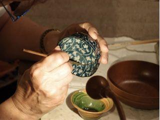 南青山のアトリエで金継ぎ体験!骨董を修復する匠の技を学ぼう