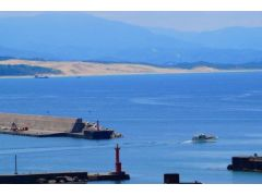 港をでると鳥取砂丘もご覧いただけます。