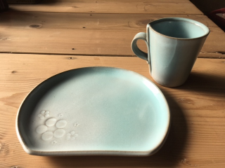 自分で作ったカップとお皿で過ごすティータイムは楽しいですよ♪