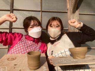 コロナ対策を実施し営業しております。気分は陶芸家♪大人気のろくろ体験です。