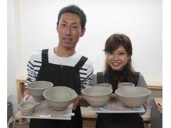 電動ロクロではお湯呑み、お茶碗、おちょこ、徳利などが作れます。