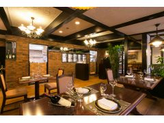 落ち着いた雰囲気の欧風レストラン「バーデンバーデン」