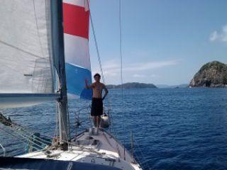 綺麗なサンゴ礁でのシュノーケリング+ヨットクルーズ。ウミガメもいる加計呂麻島,奄美南部,大島海峡,初心者シュノーケリング体験1