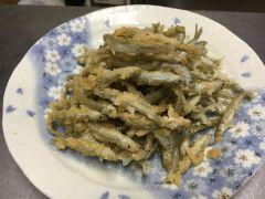 釣れたわかさぎは、天ぷらにしてお召し上がりできます。