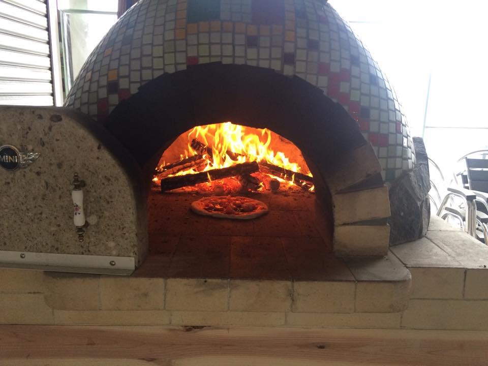 \ピザ作り&ピザ焼き体験/自家製の新鮮な野菜と本格石窯で作るピザは絶品◎ドリンク...