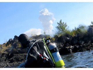 ダイビング中に運が良ければ噴煙を上げる桜島を見る事が出来るかも?