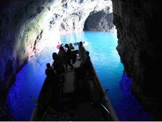 元祖!青の洞窟クルーズだけの特別ブルー体験