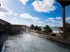 大展望風呂からの景色です。唐津湾を一望できます。