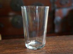 こちらのコップが『サンドブラスト体験』で使用するコップです。グラスは、よぎなく変更することがあります。