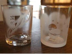 オプションでグラス変更もでき、グラスは数種類あります。その中からお選び頂けます。