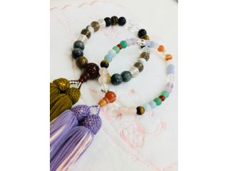 念珠の本場、京都で、お好きなじゅず玉であなただけのオリジナル念珠を作りませんか?