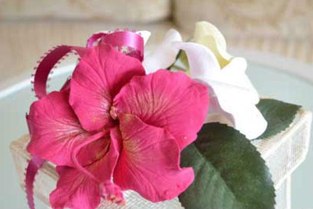 【女性専用サロン♪クレイクラフト】粘土で作る、枯れないお花!本物そっくりに作れま...