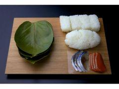 手作りの柿の葉寿司はいっそう美味しく感じるはず!!