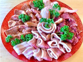 〈手ぶらBBQ*Aコース〉ご提供食材:お肉(4名分)例 ※食材の内容は季節や仕入れ状況により変更になる場合がございます