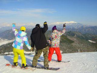 ☆飛騨高山市内から一番近いスキー場☆スキーorボードレンタルセット+リフト1日券20%OFF★【ウェアは持っているという方はこちら♪】