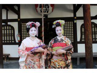 ホンマもんの舞妓さん・芸妓さんが行きかう祇園・花見小路近くの路地(ろうじ)にお店がございます。