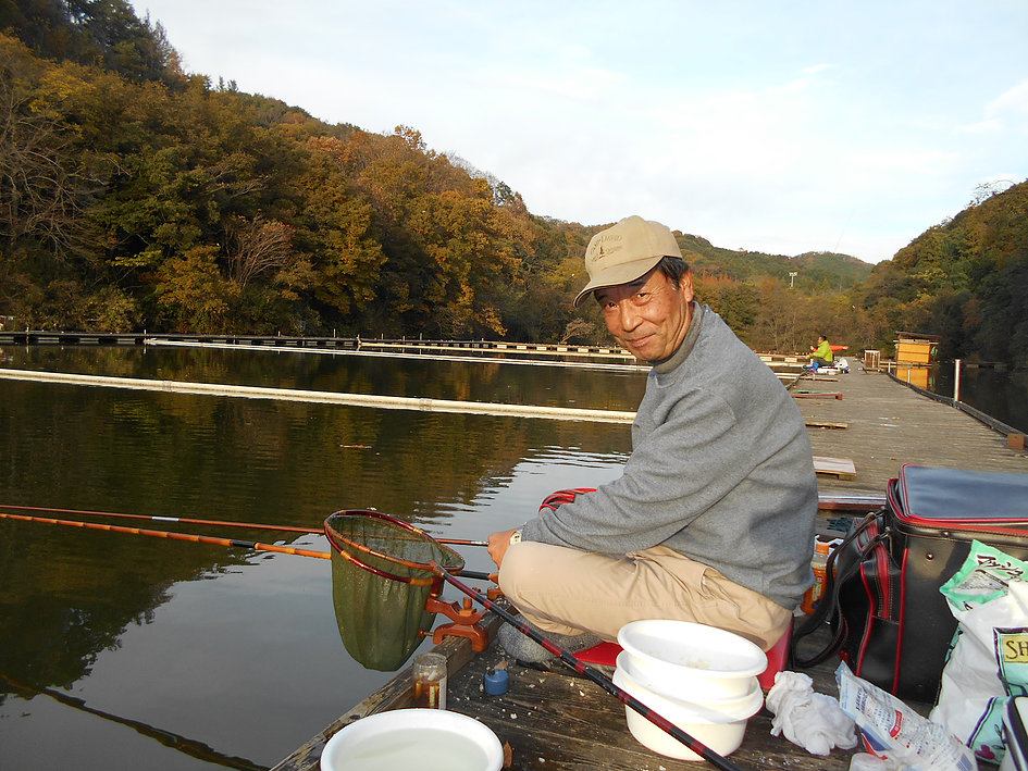 ■11時~16時までの半日コース■【ヘラブナ釣り体験】※最大52,8cmの大物も...
