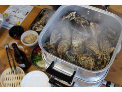 蒸し牡蠣食べ放題3