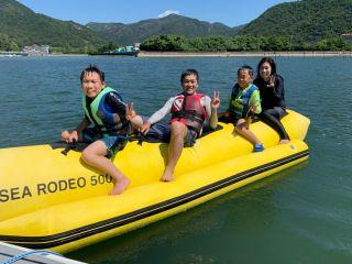 家族で楽しいバナナボート
