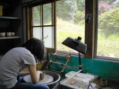 のどかな田舎の工房で。鳥のさえずりを聴きながら作品作り☆