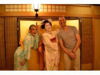 【舞妓さんとディナー】京都のお料理屋で舞妓演舞とお座敷遊びを体験(お部屋貸し切りのプライベートプラン)