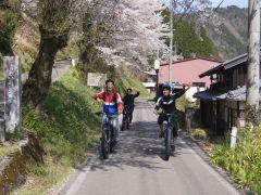 田舎道をイーバイクで散策