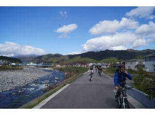 雄大な長良川を横目にサイクリング