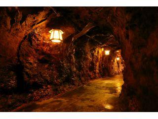 洞窟内遊歩道