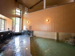 男性 大風呂 ただいま「新型コロナウィルス感染拡大防止」対策実施中 人数制限を設けています。